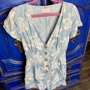 Urban Outfitters Floral Romper Deep V Size Medium